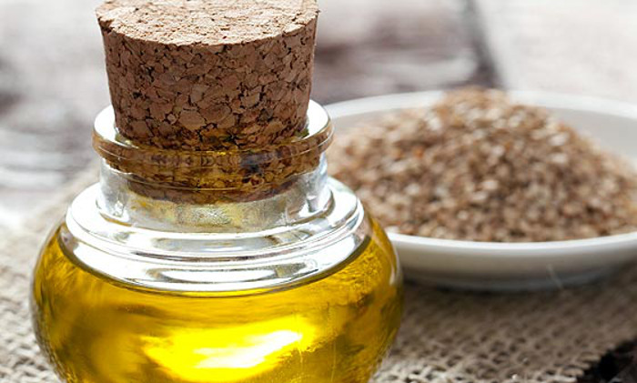 Beyond Flax: Other Amazing Seed Oils to Try