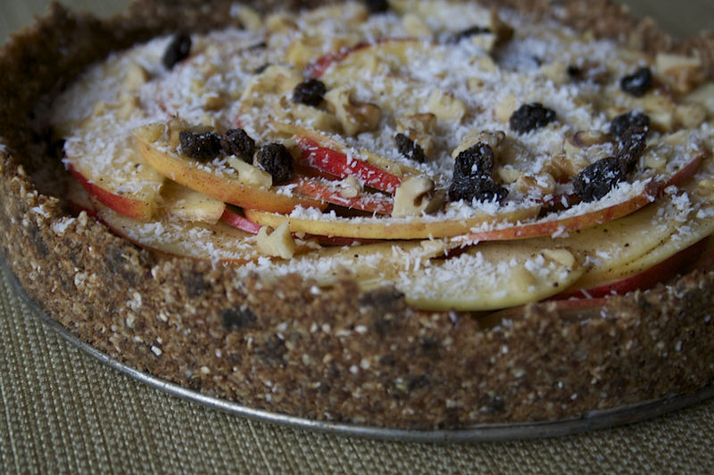 Recipe: Raw Caramel Apple Pie