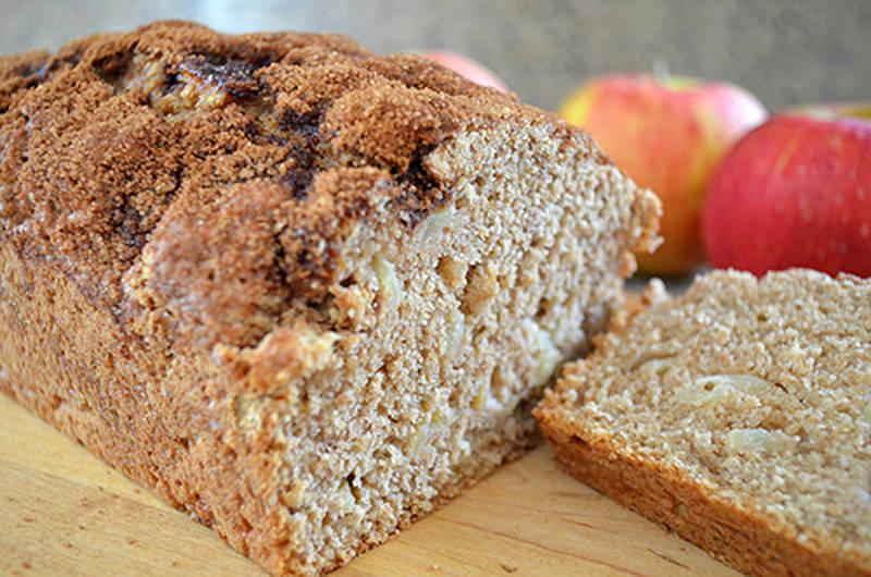 Recipe: Quick Apple Cinnamon Beer Bread