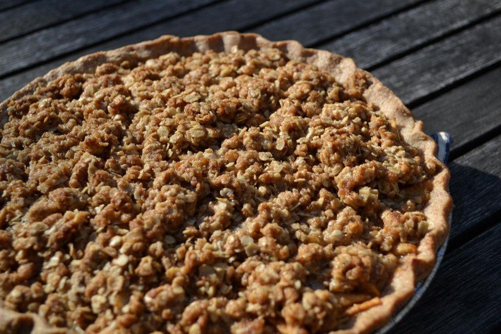 Vegan Pear Apple Pie
