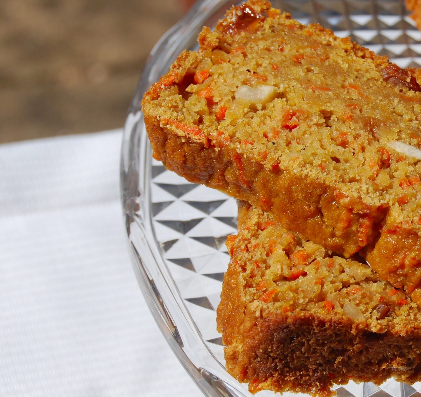 Low Fat Wholegrain Carrot Bread (Vegan)