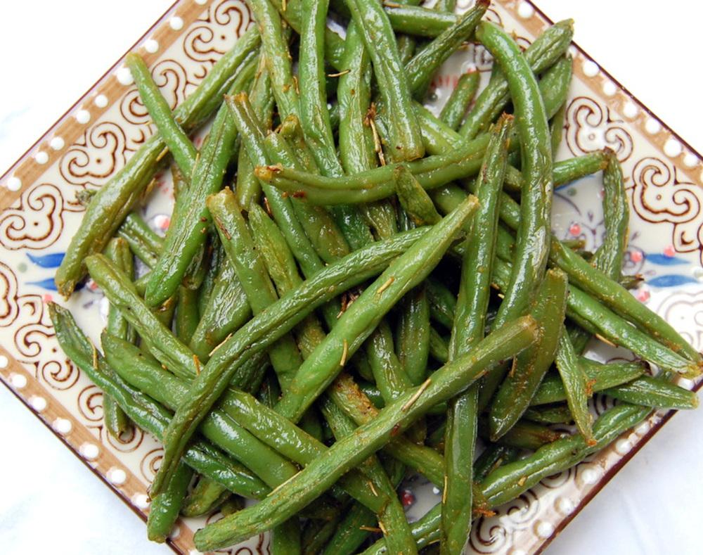 Rosemary Roasted String Beans