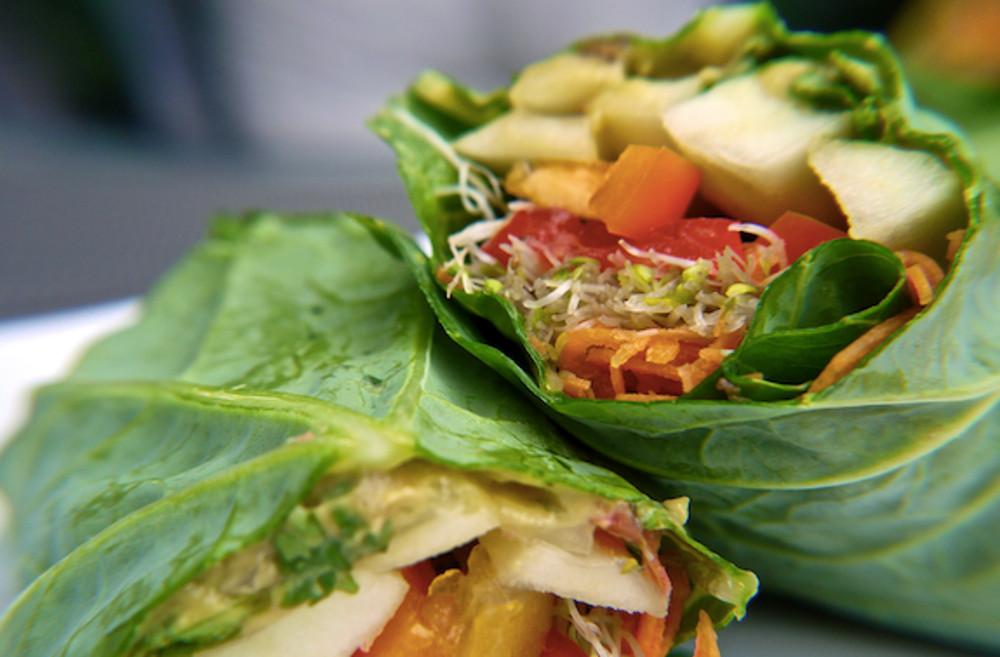 How-To-Make-Raw-Vegan-Collard-Wraps