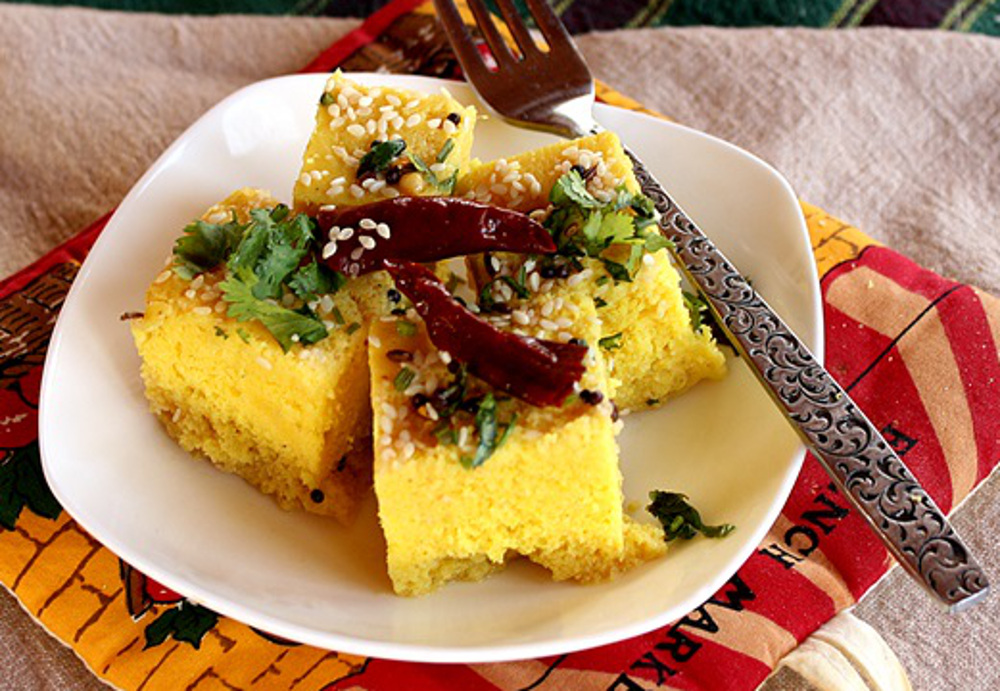Khaman Dhokla: Indian Steamed Chickpea Flour Cake
