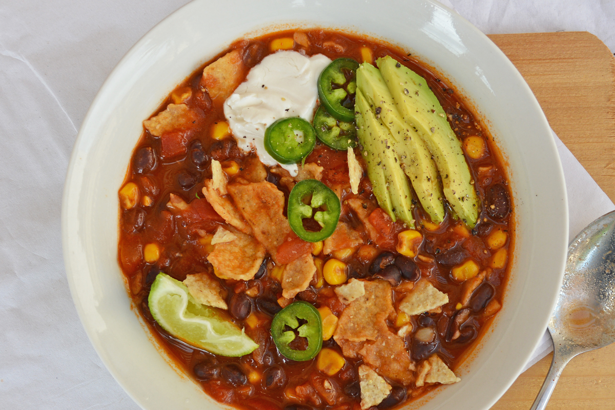 Roasted Corna and Lime Tortilla Soup
