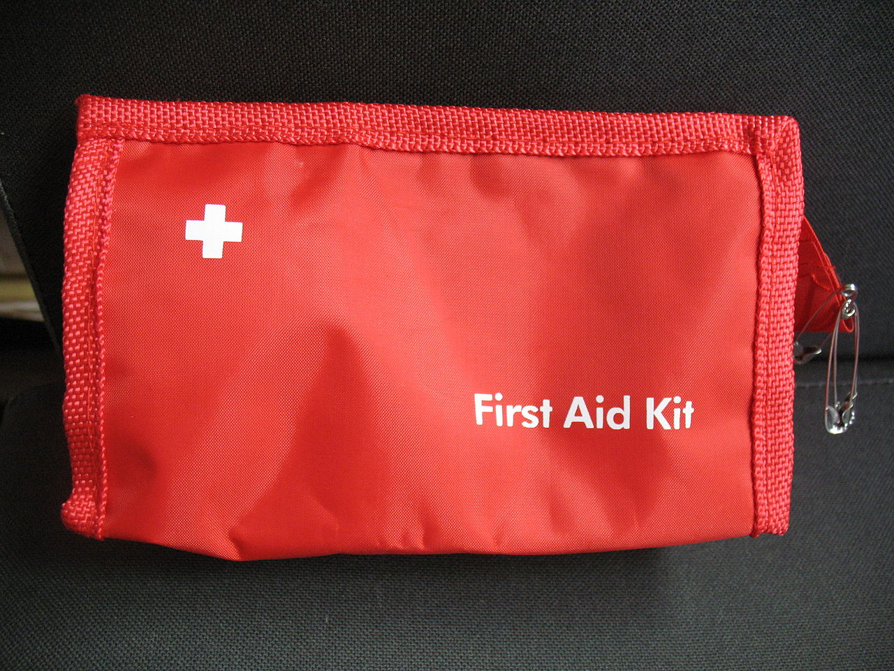 How to Build a Natural First Aid Supply