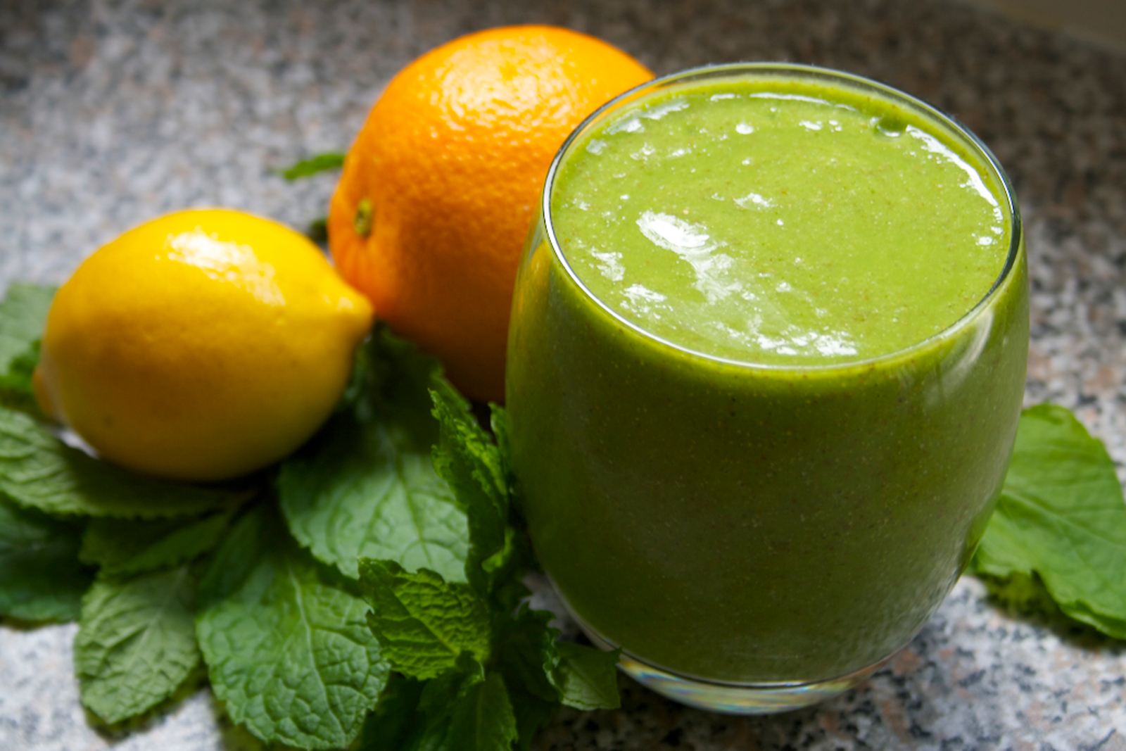 Mint Citrus Green Smoothie