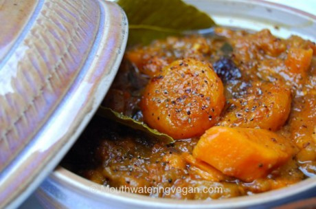 'Moroccan Magic' Mouthwatering Vegan Moroccan-Style Tagine