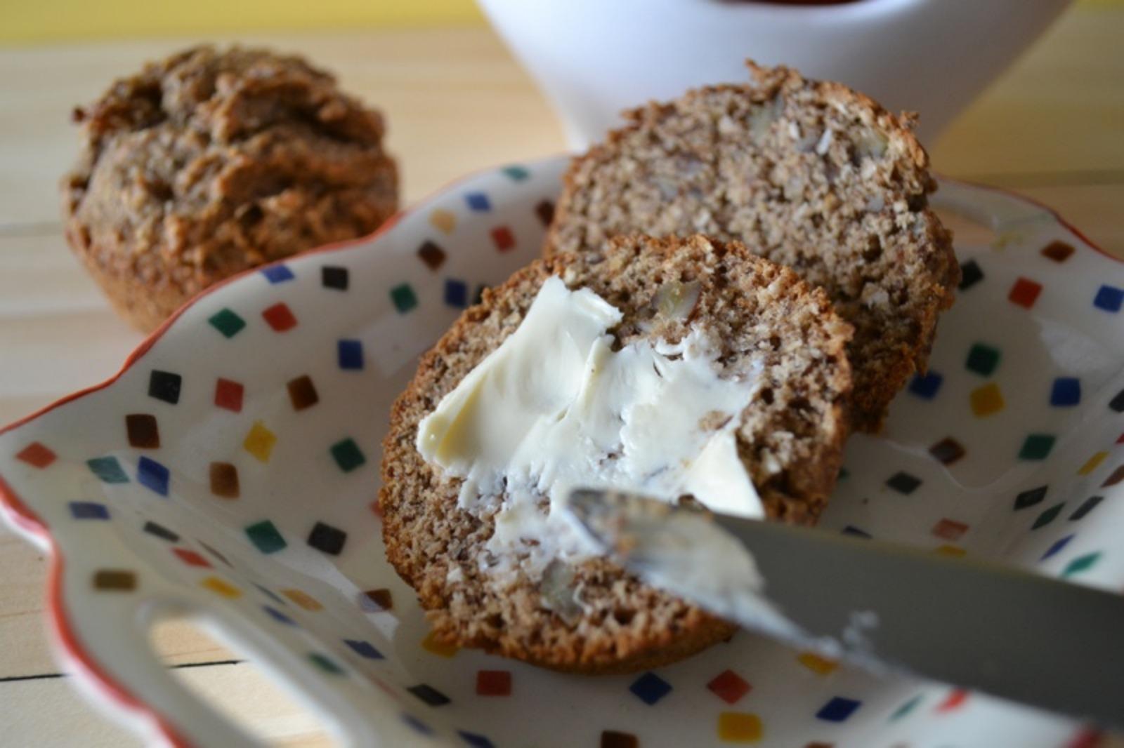 Banana Date flax muffins