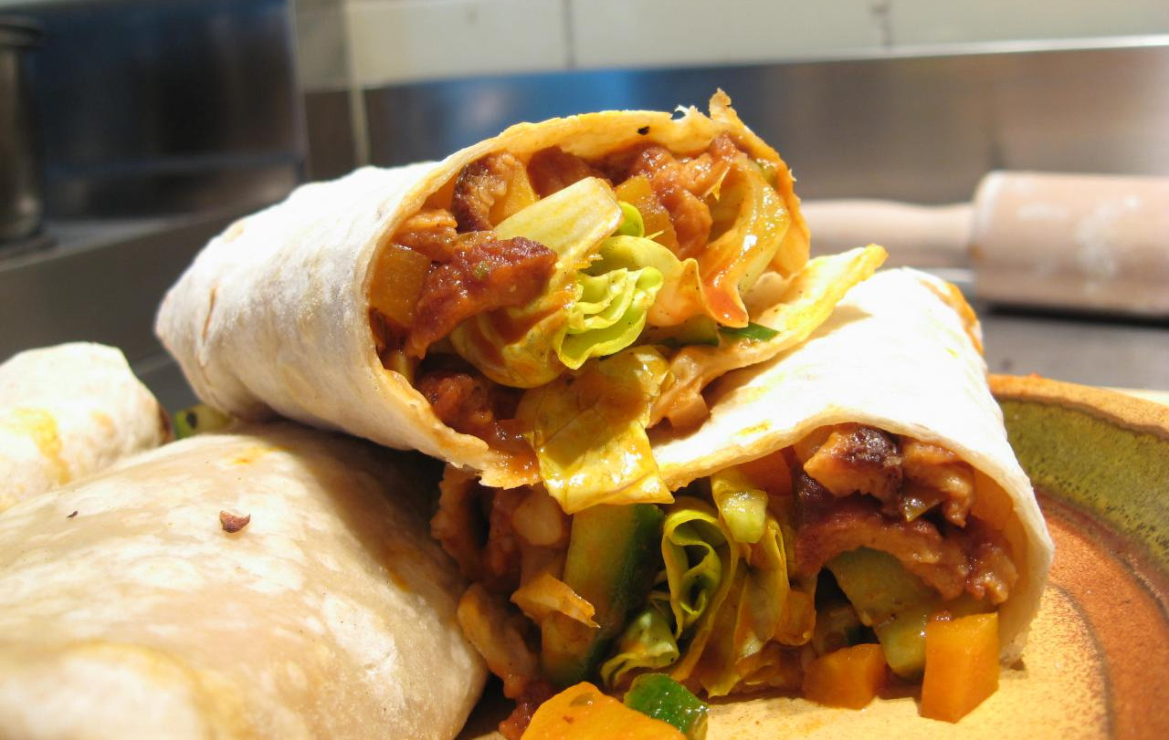 10 Ideas for Creating Delicious Veggie Fillings for Your Homemade Burritos