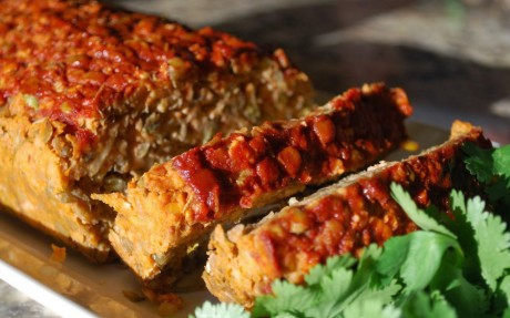 vegan lentil meatloaf with smoked paprika glaze