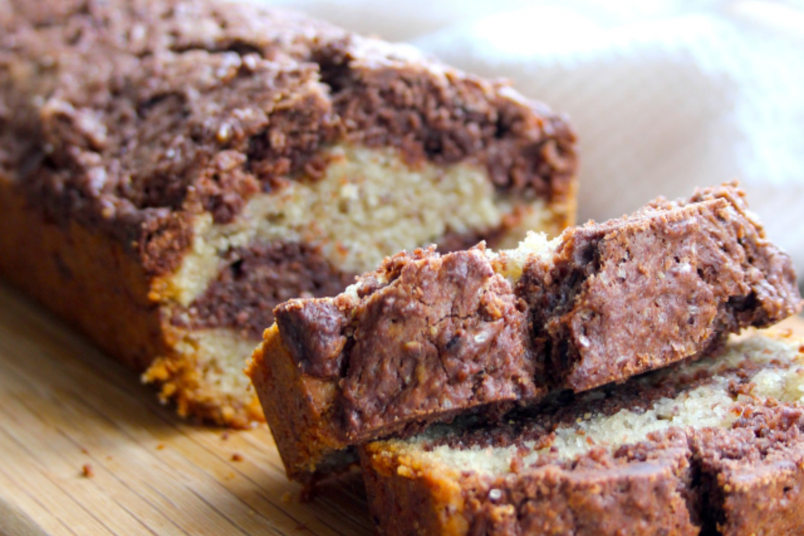 Chocolate Marble Cake 'Marbré au chocolat' [Vegan]