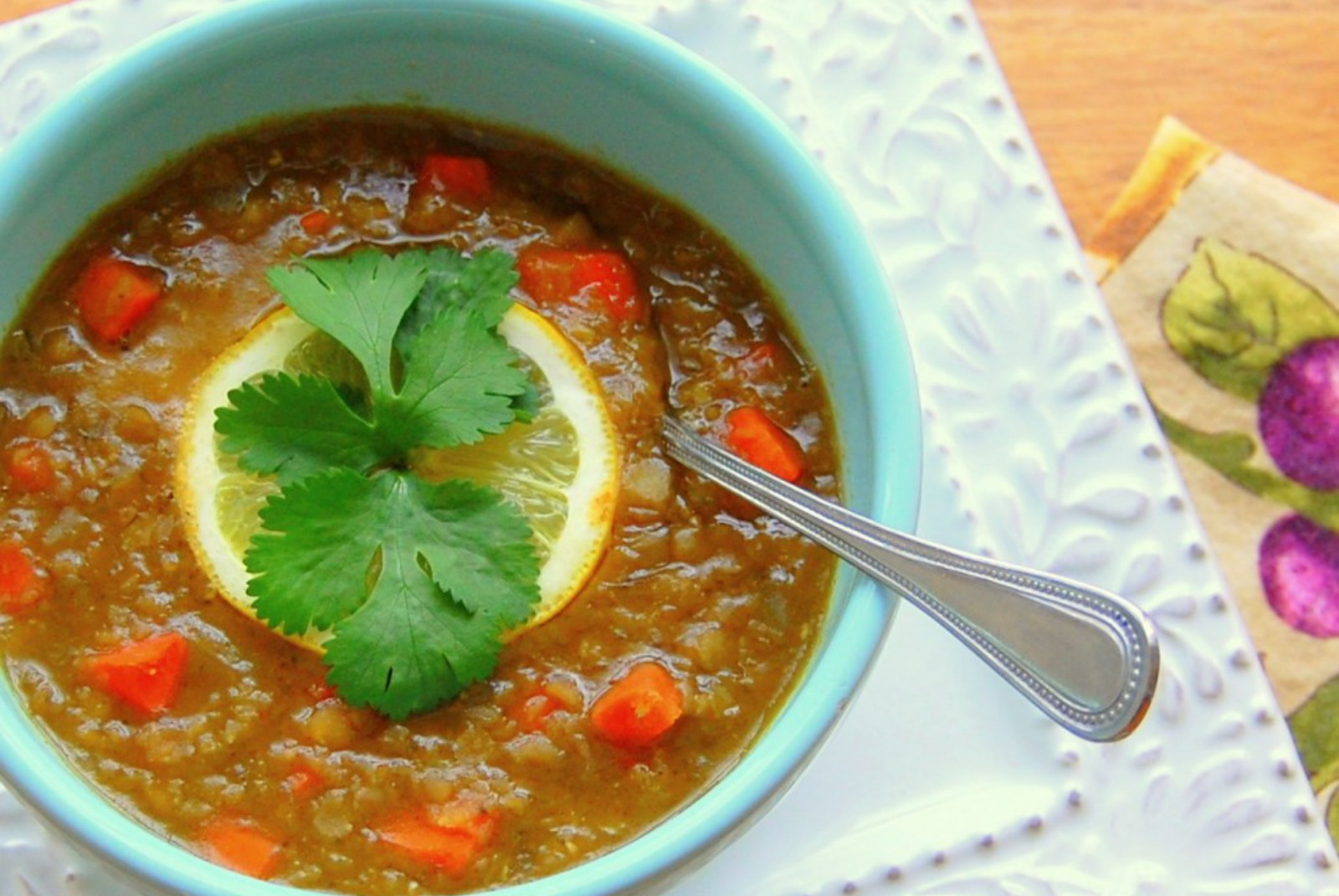 Red Lentil Soup With Fresh Cilantro and Lemon [Vegan]