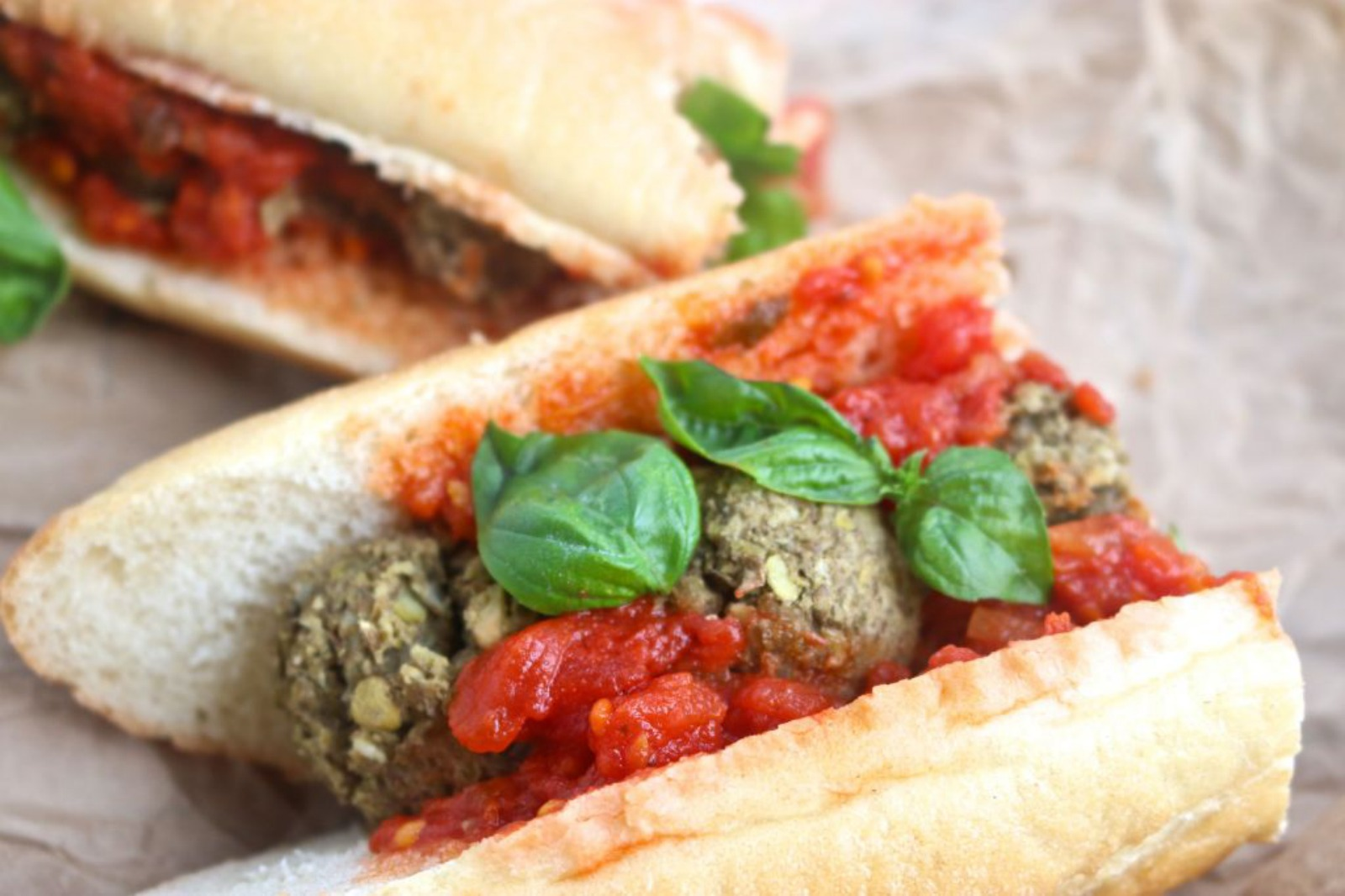 Meatless Meatball-Sub [Vegan]