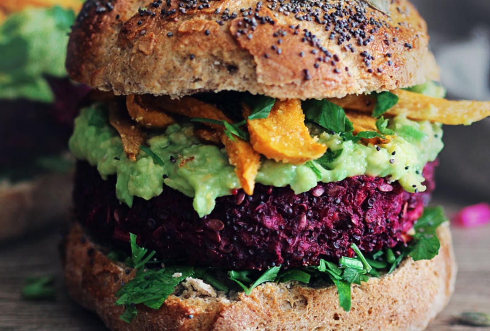 beet quinoa burger