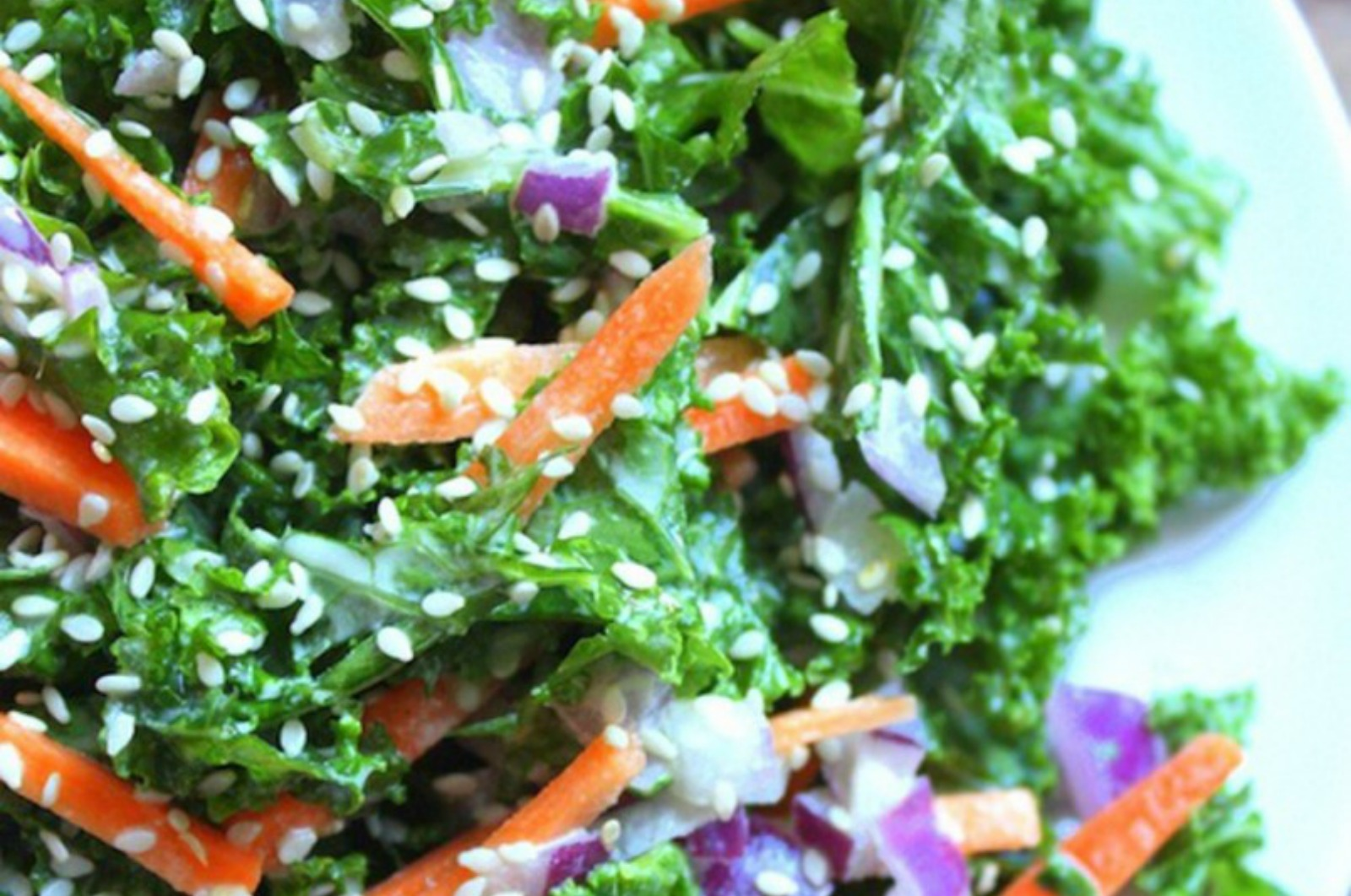 How to Flavor Raw Leafy Greens