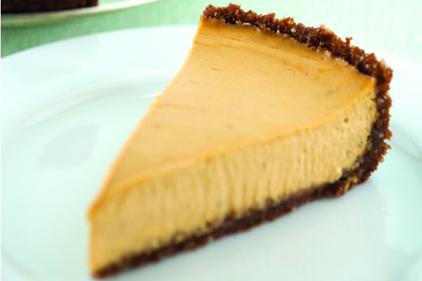 Vegan Pumpkin Cheesecake With a Gingersnap Crust