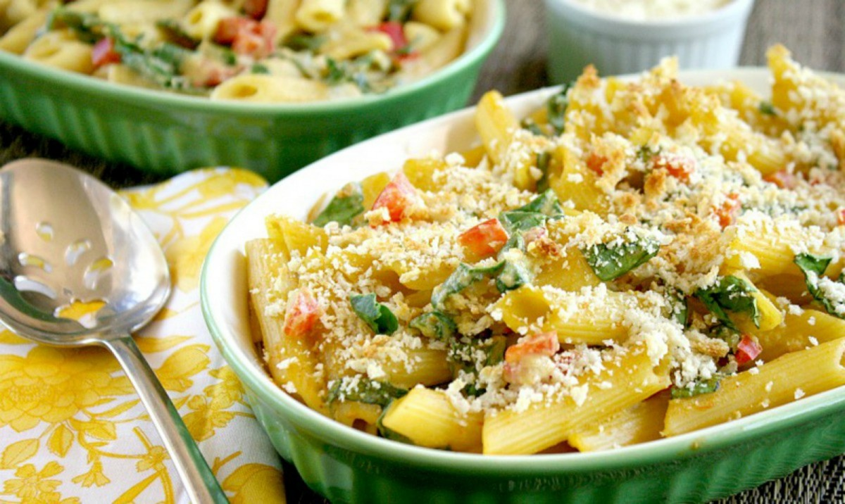 Vegan-Baked-Penne-With-Spicy-Rose-Sauce-1200x716
