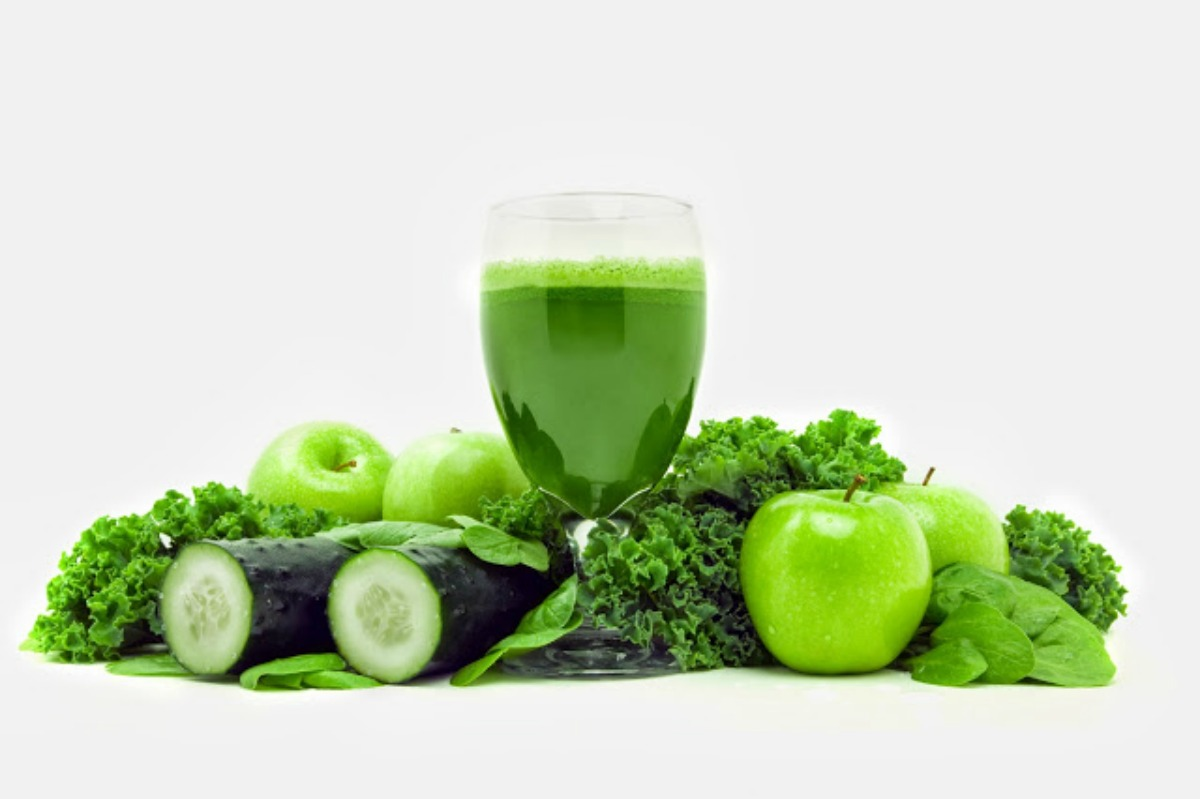Green Juice Detox Recipe [Vegan, Raw, Gluten-Free]