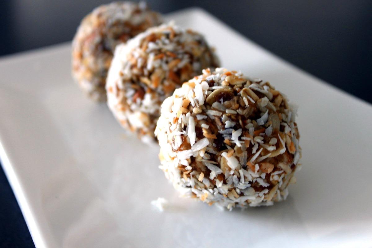 Date Bliss Balls [Vegan, Gluten-Free]