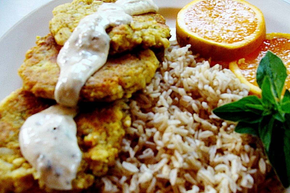 Persian Style Vegan Potato Pancakes (Kuku Sib-Zamini) [Gluten-Free]