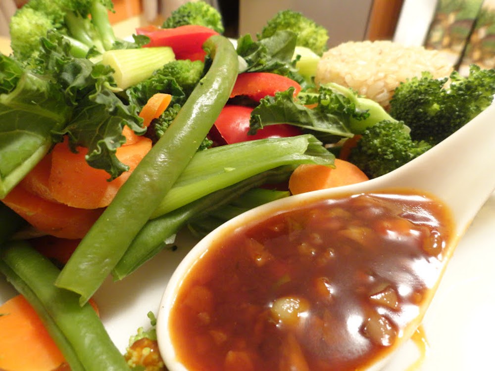 Steamed-Vegetables-with-Garlic-Sauce