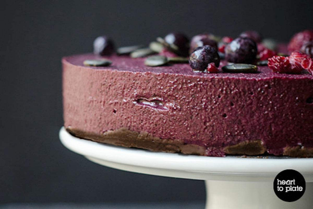 Blueberry and Acai Berry Cheesecake [Vegan, Raw, Gluten-Free]