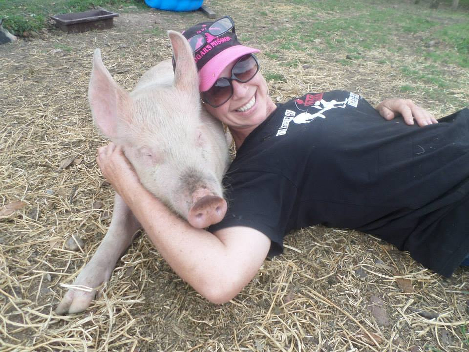This Courageous Farm Animal Sanctuary Founder Has Terminal Brain Cancer and Needs Your Help