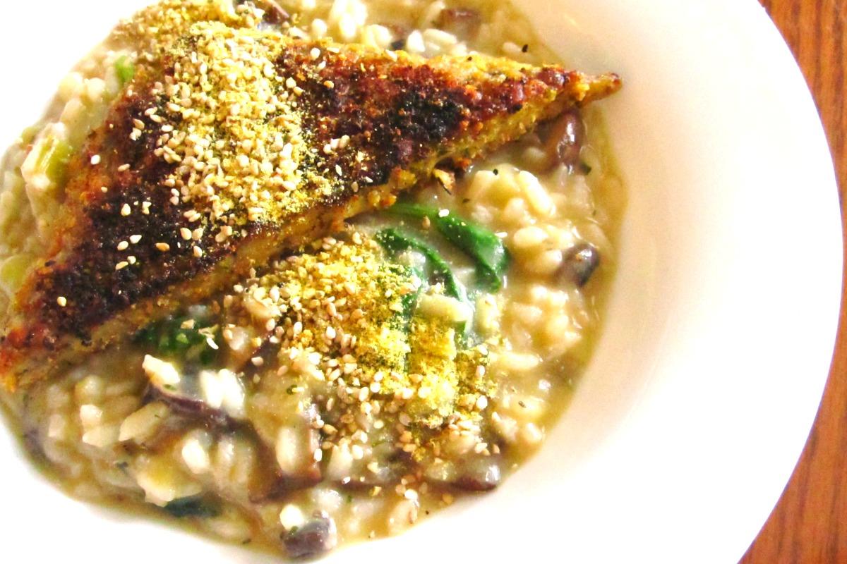 Mushroom and Leek Risotto with 'Parmesan' Tempeh [Vegan, Gluten-Free]