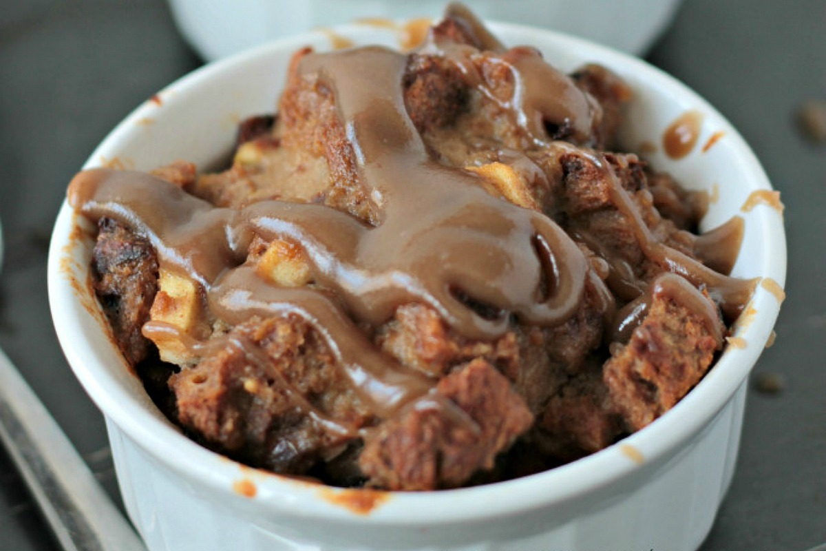 Apple Cinnamon Bread Pudding With Salted Caramel Sauce [Vegan]