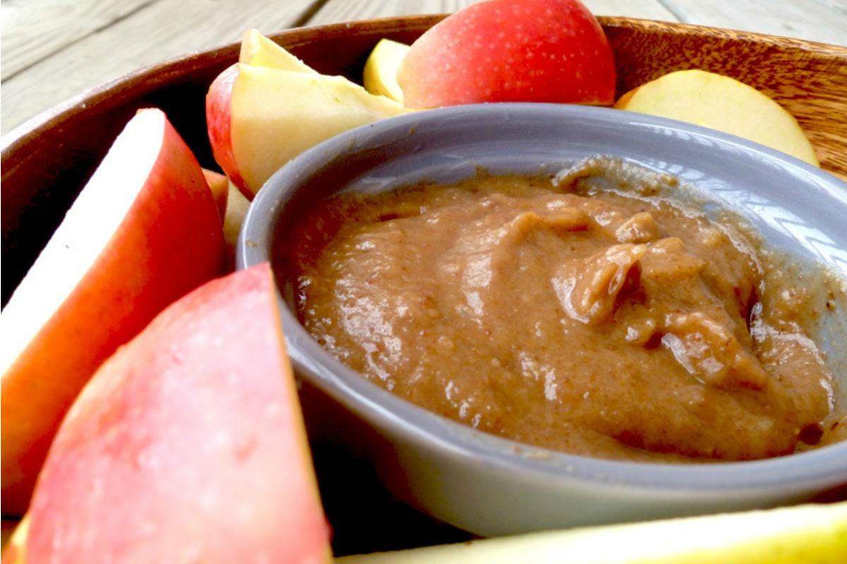 Healthy Date Caramel [Vegan, Gluten-Free]