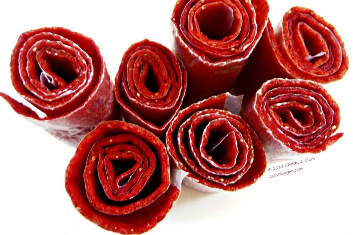 Strawberry Peach Fruit Roll Ups [Vegan, Raw, Gluten-Free]