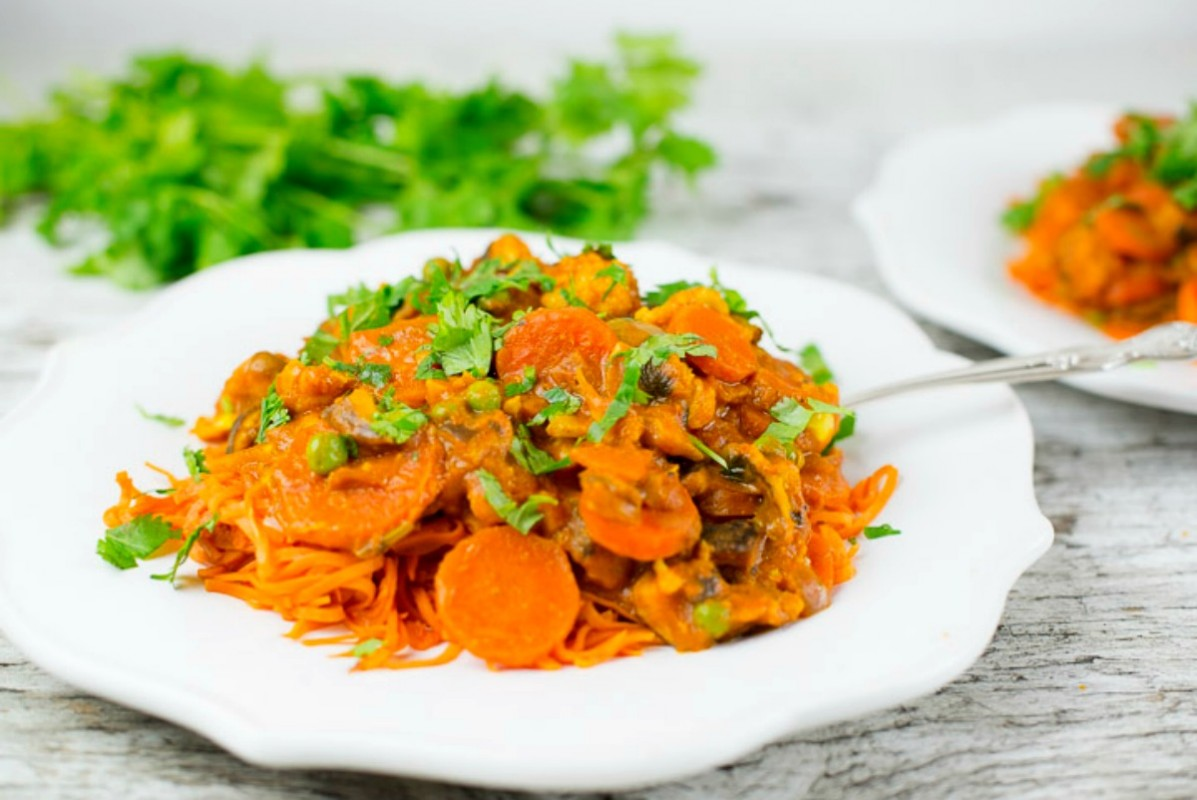 Sweet potato noodles and coconut curried veggies