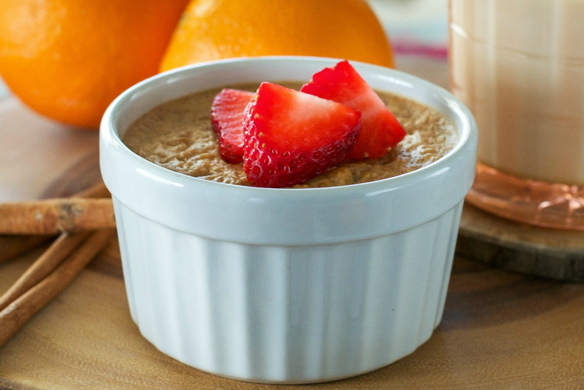 Baked Almond Butter and Apricot Oatmeal [Vegan, Gluten-Free]