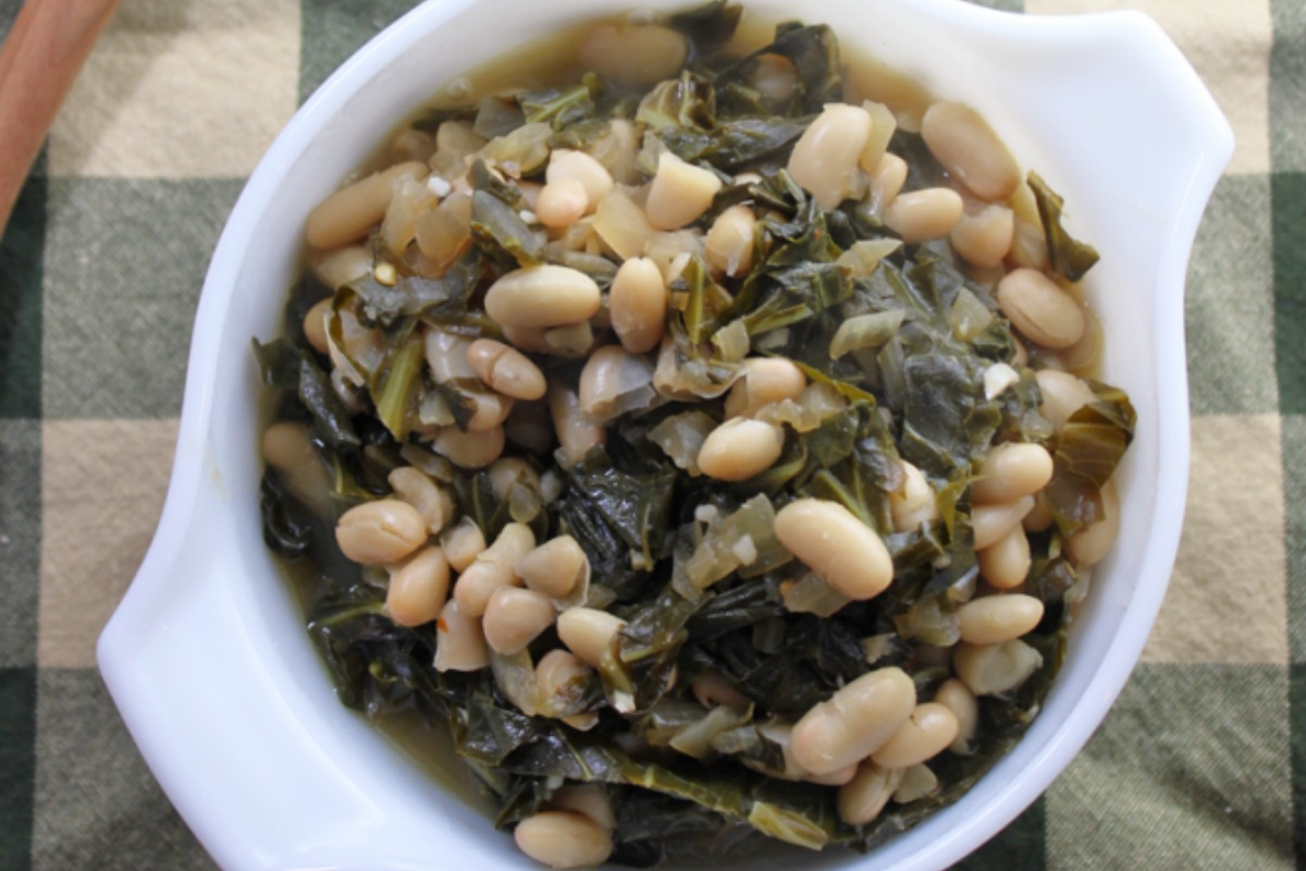 Spicy Collards and White Beans [Vegan, Gluten-Free]