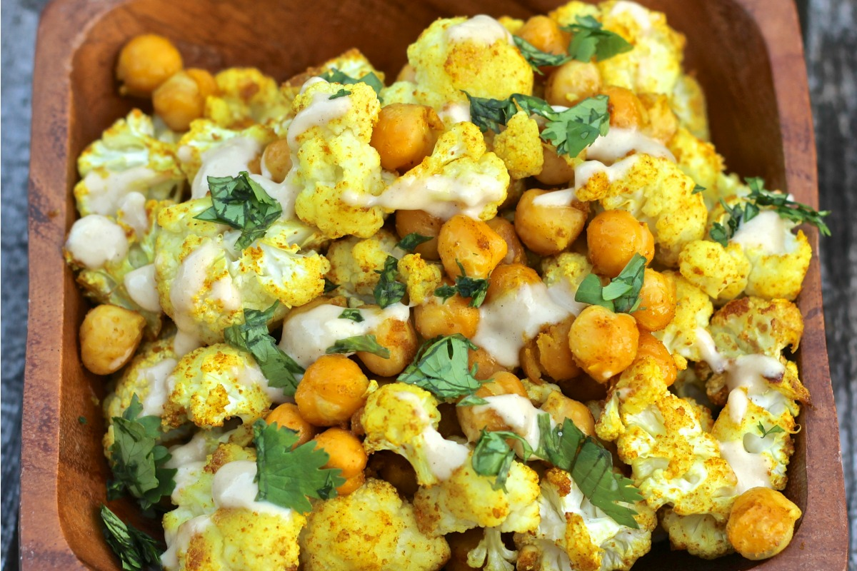 Curry Spice Roasted Chickpeas With Cauliflower