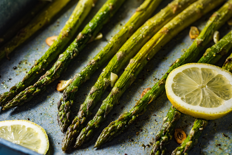 roasted garlic lemon asparagus