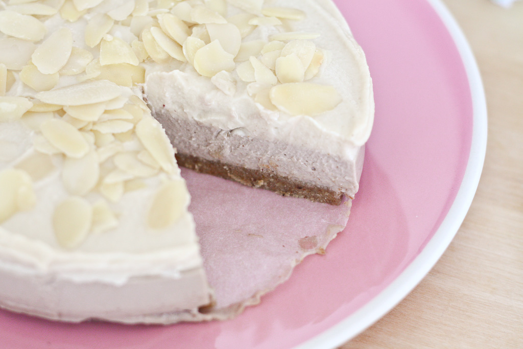 Raw Cherry Cheesecake