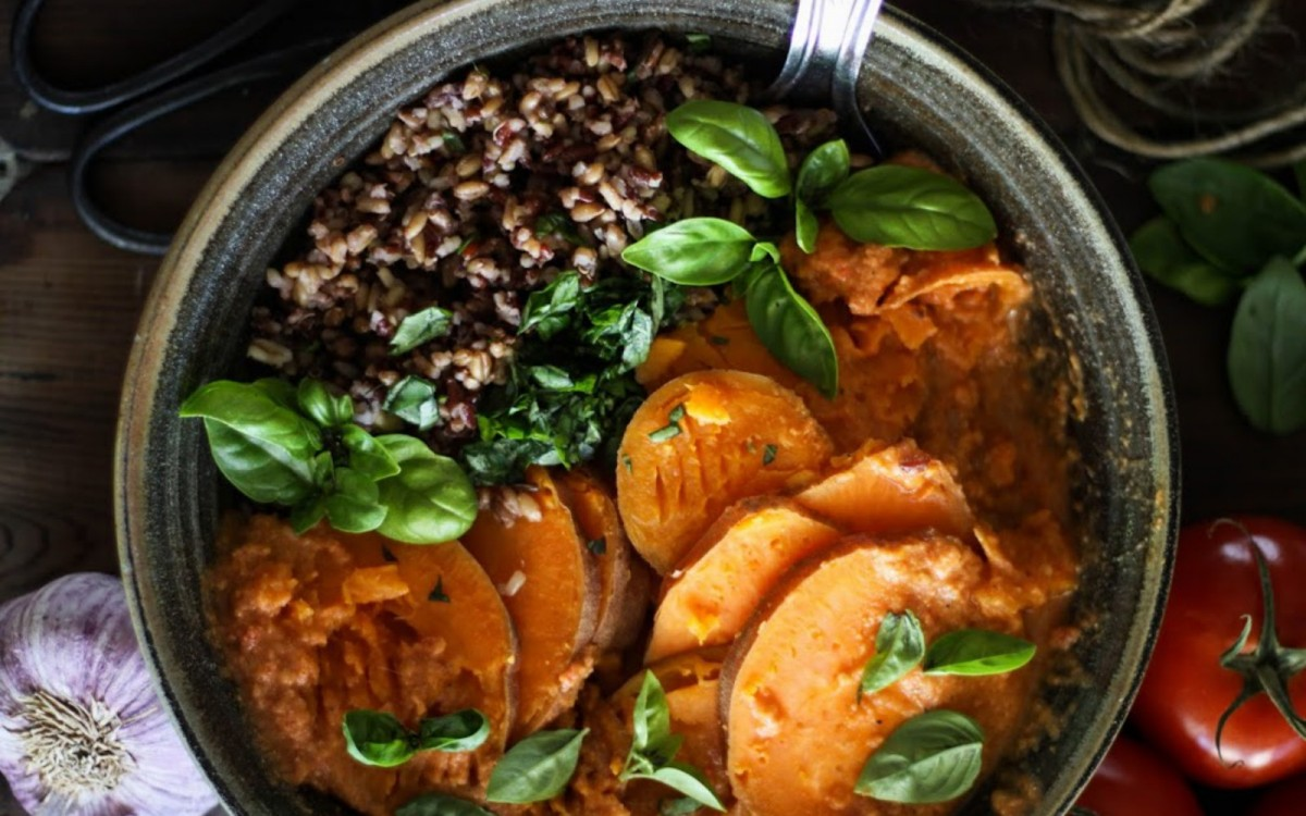 Steamed Sweet Potatoes With Wild Rice and Basil