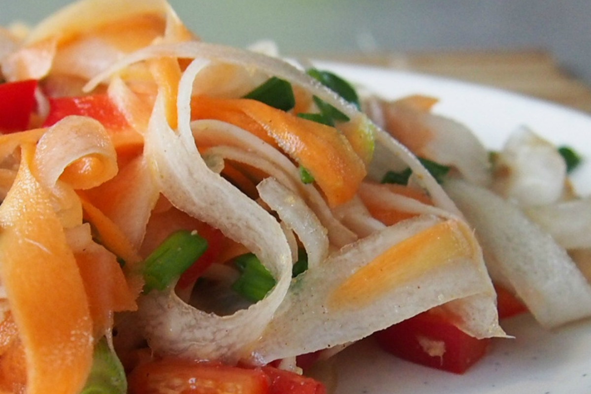 Gingery Carrot and Daikon Salad