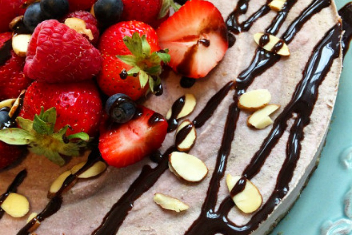 Banana Berry Ice Cream Cake [Vegan, Gluten-Free]