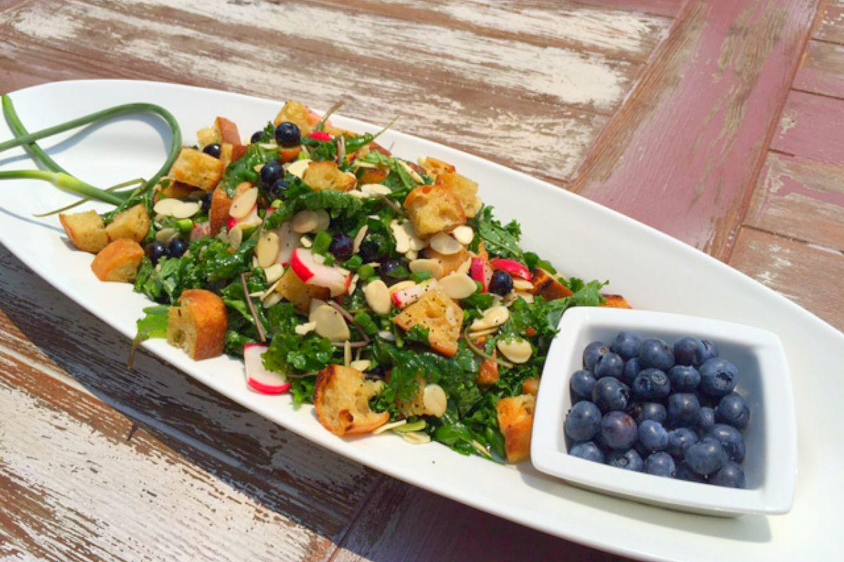 Mixed Kale Salad With Rosemary Ciabatta Croutons and Lemon Poppy Vinaigrette [Vegan, Gluten-Free]
