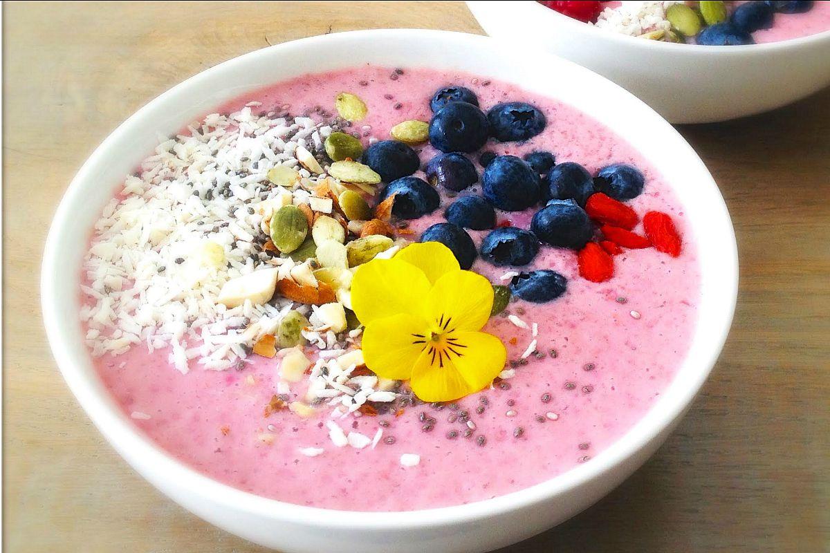 Superfood Berry Breakfast Bowl Vegan One Green Planetone