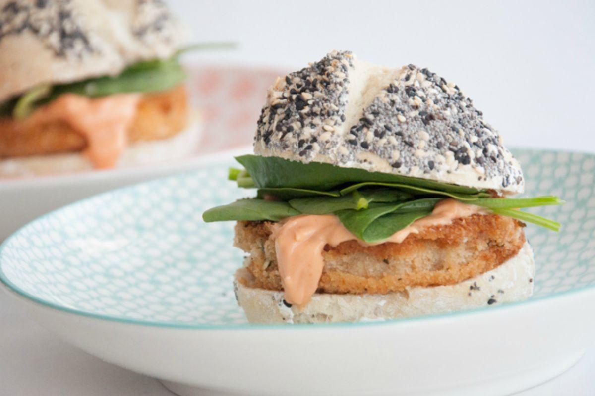 Kohlrabi Schnitzel Burger [Vegan]