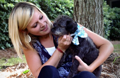 Kind Woman Adopts an Elderly Dog to Make His Final Days the Happiest Ever (PHOTOS)