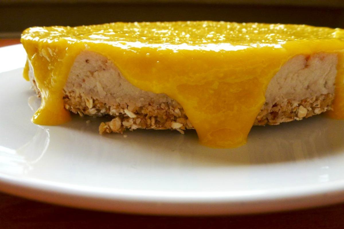 Banana Cheesecake With Mango Sauce [Vegan, Gluten-Free]