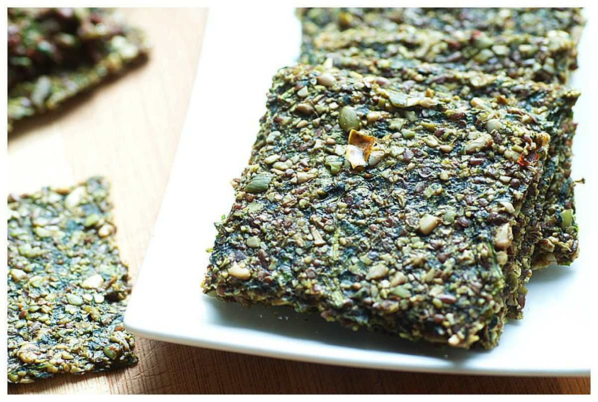 Raw Pumpkin Seed Crackers With Spinach [Vegan, Raw, Gluten-Free]