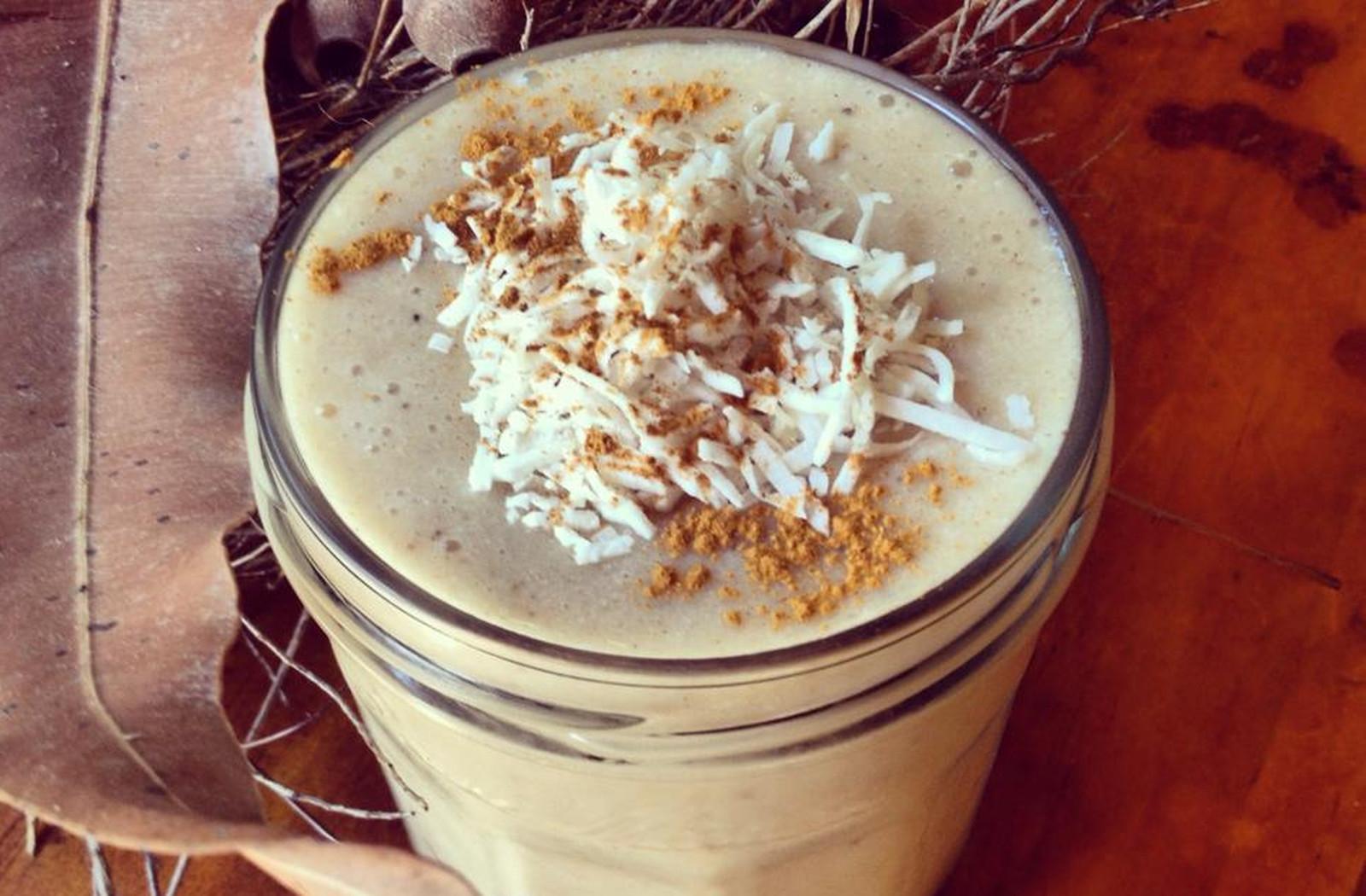 Nourishing Autumn Chai Smoothie [Vegan, Gluten-Free]