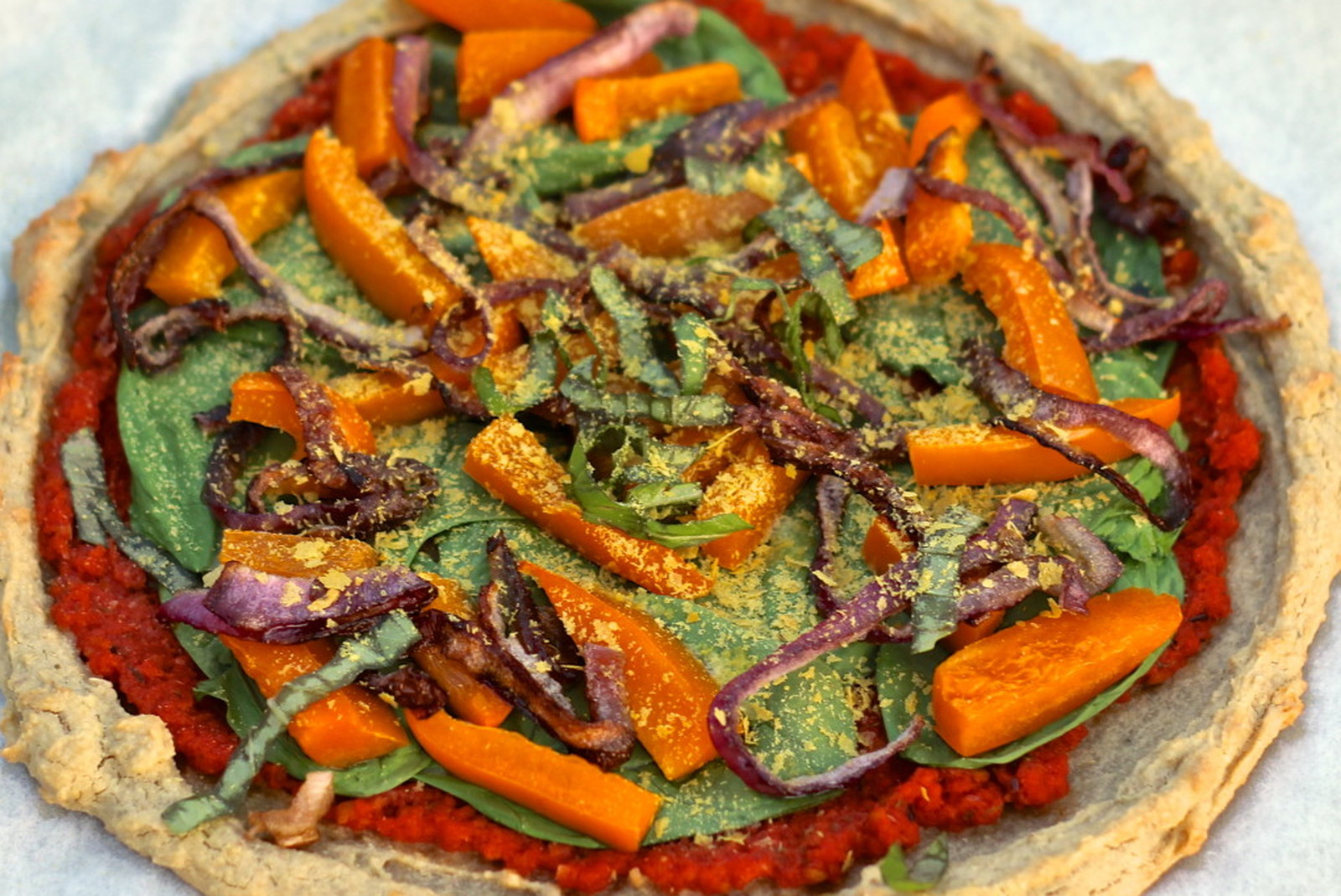 Quick and Easy Personal Veggie Pizza and Homemade Sauce [Vegan, Gluten-Free]