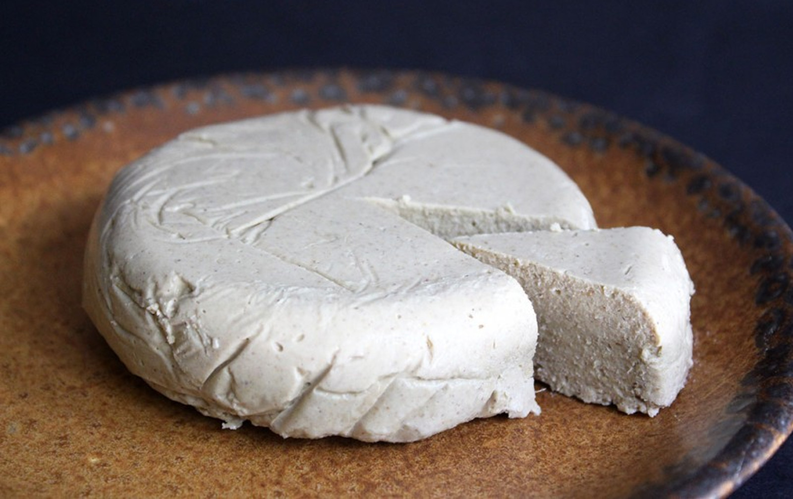 raw nut-free sesame cheese